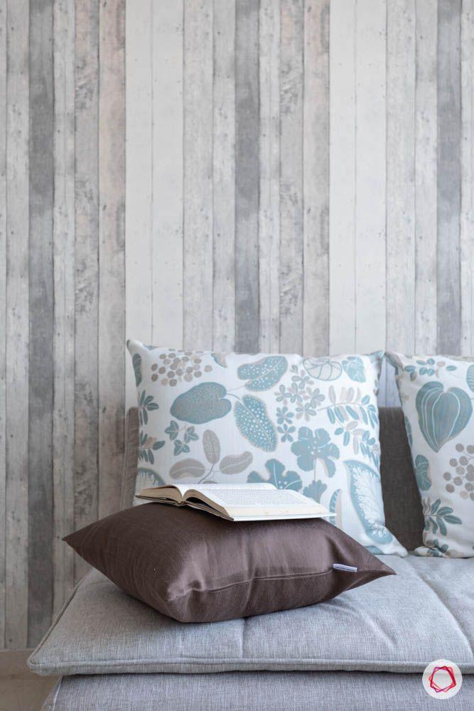 oberoi goregaon-guest bedroom-wooden finish wallpaper