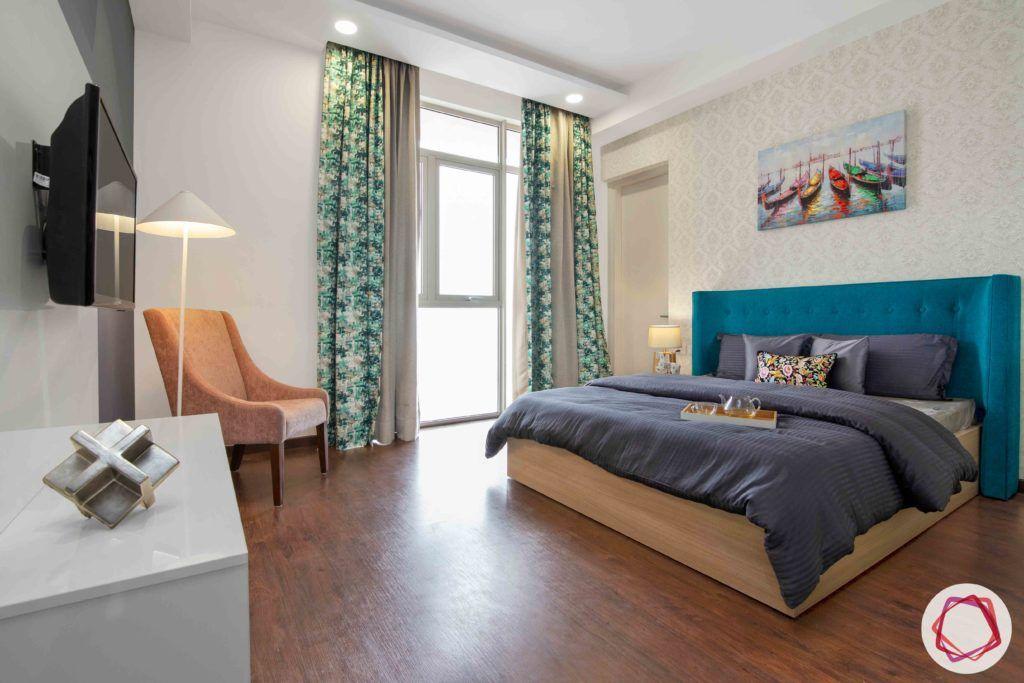 ireo victory valley-parents room-wooden flooring-printed wallpaper
