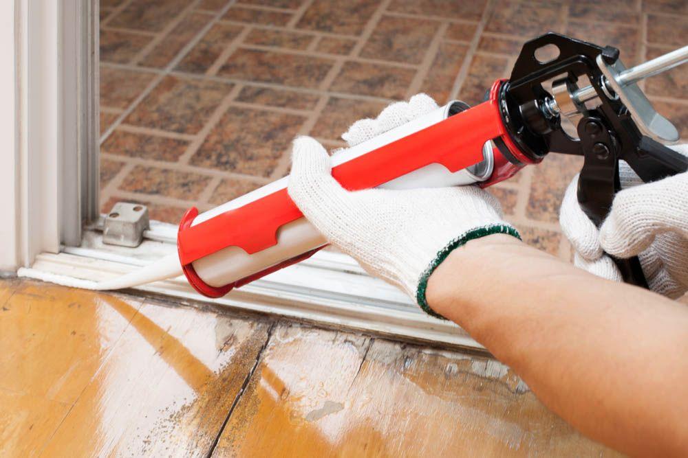 how to get rid of ants-broken tile-cracks-sealing cracks