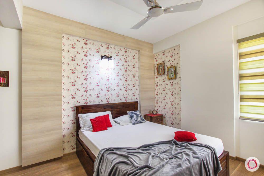 daughter-bedroom-laminate-panel-wallpaper-bed-blinds