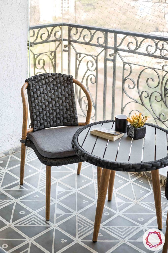 modern balcony design-wooden table-wooden chair-outdoor furniture