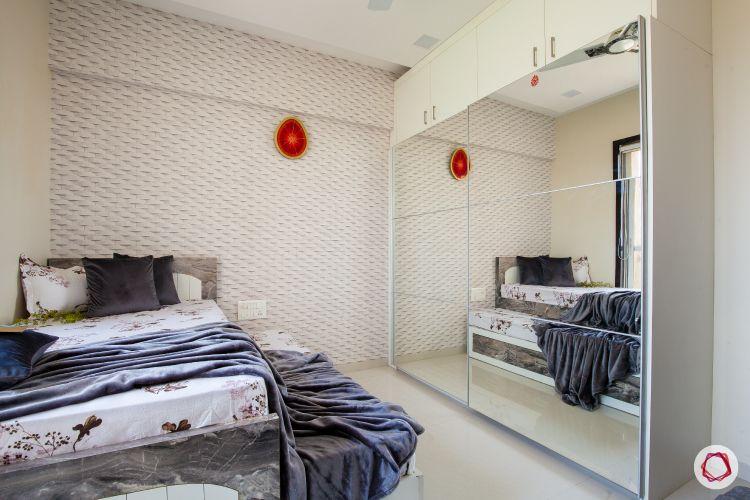 almirah designs for small rooms-single bed-mirror door wardrobe designs
