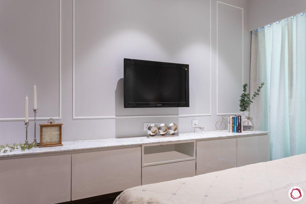 3-bhk-in-mumbai-master-bedroom-TV