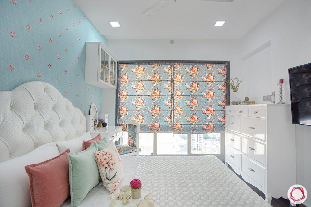 2-bhk-in-mumbai-master bedroom-blue floral wallpaper-tv unit