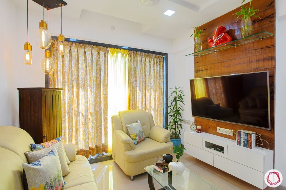 2-bhk-in-mumbai-living-room-beige-sofas