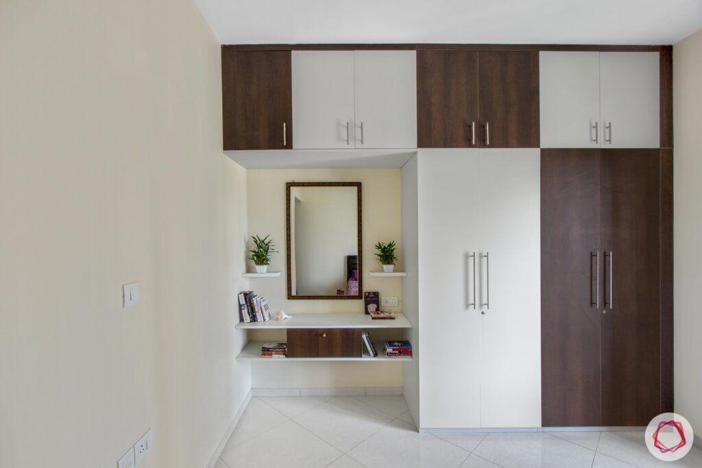 livspace-bangalore-checkered-wardrobe-dressing-unit