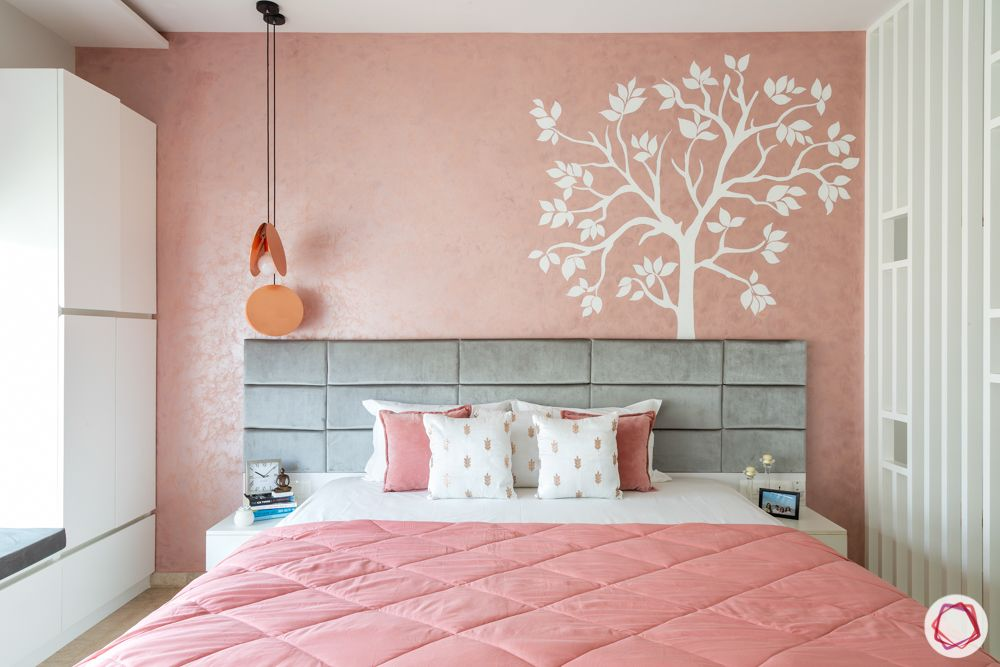 pastel colors-pink wallpaper-bedroom-pink cushions