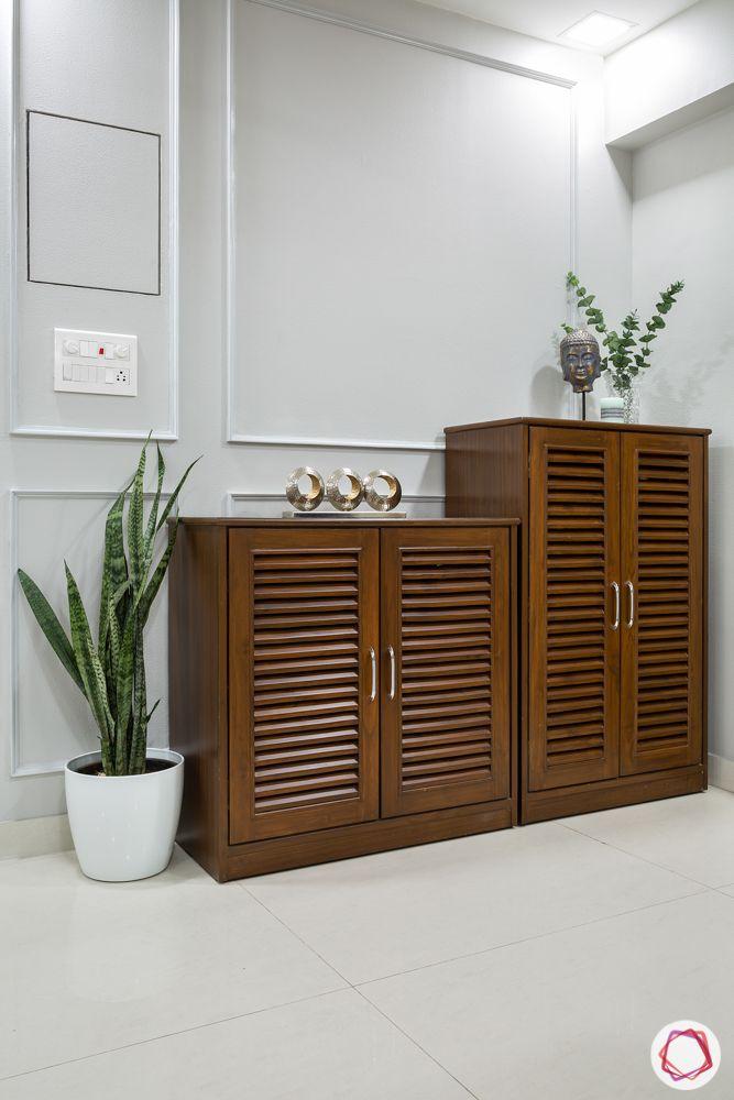 foyer design ideas-wall moulding designs