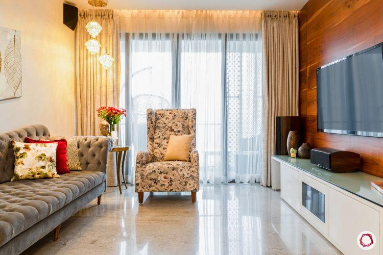 best lighting-pendant-armchair-living-room-TV-sofa