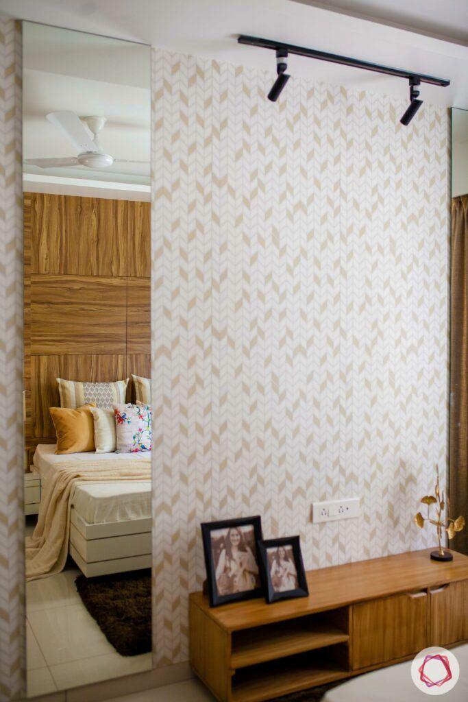 white and beige wallpaper-full length mirror