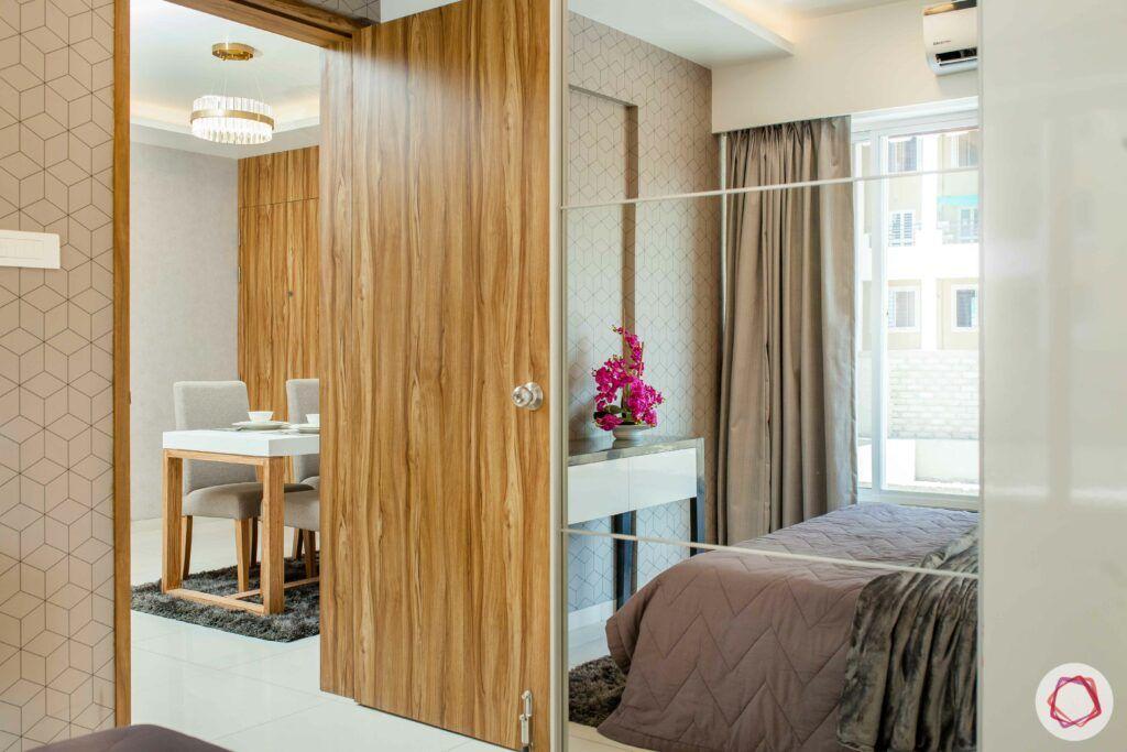 mirror wardrobe-wooden door