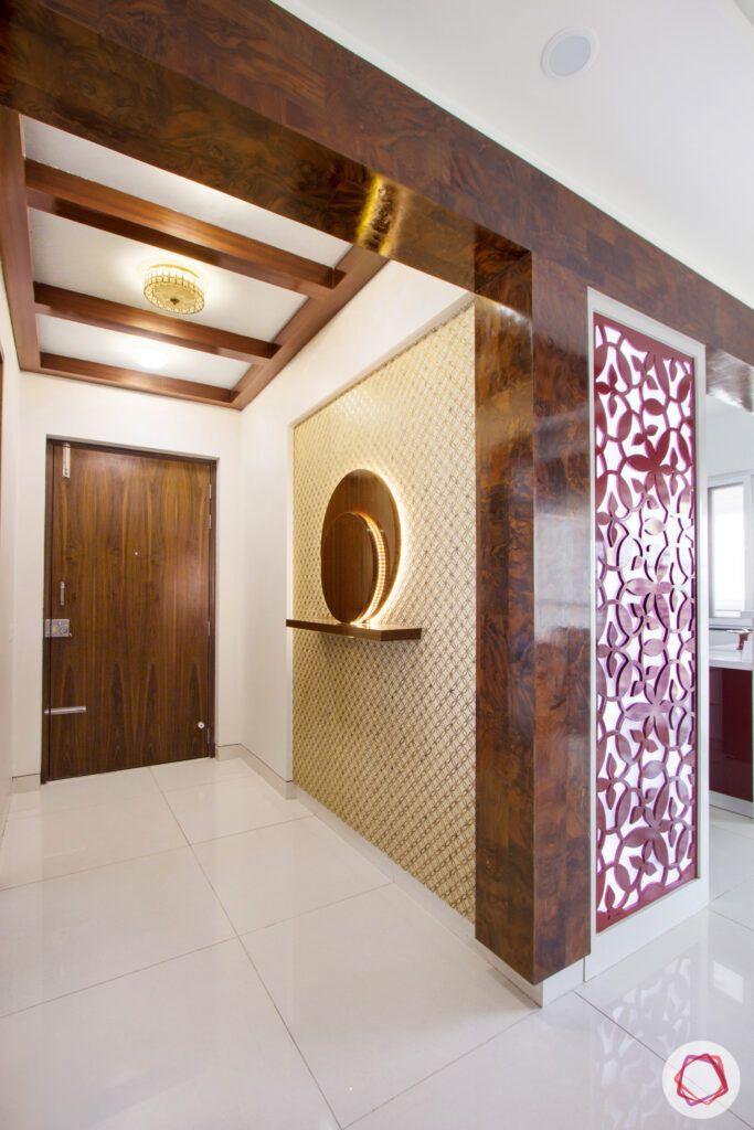 snn-raj-grandeur-entryway-foyer-wooden rafters-veneer panels