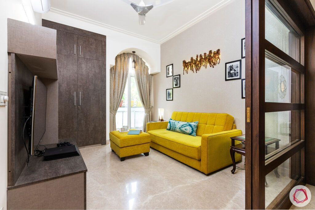 house-renovation-family-room-yellow-sofa