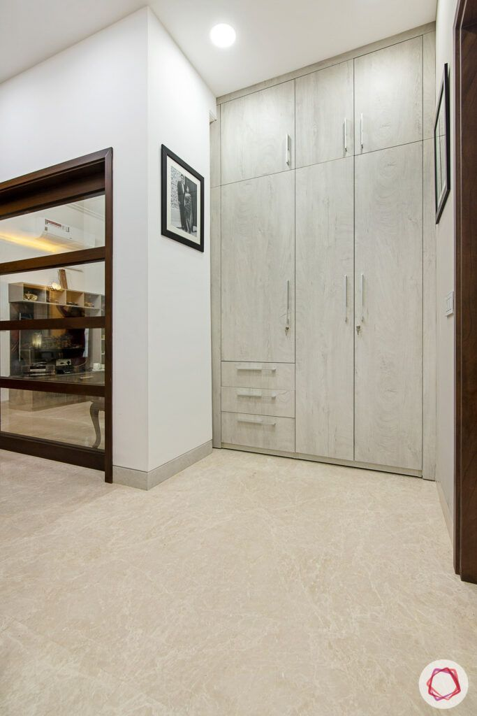 house-renovation-standalone-wardrobe-membrane