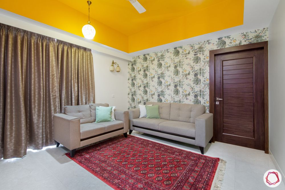 celining colour-yellow ceiling-wallpaper-bedroom-grey couch