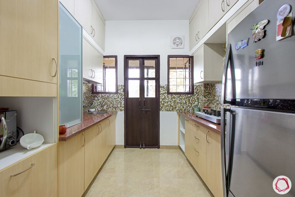 vinyl-flooring-sand-white-kitchen