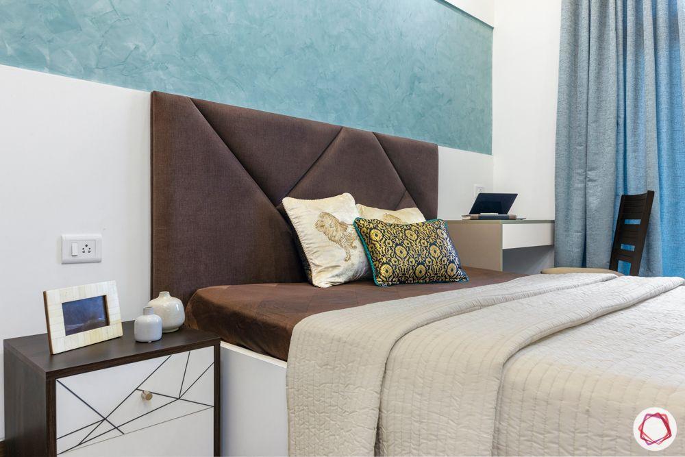 mahagun mywoods-livspace noida-master bedroom-pop wall-blue paint