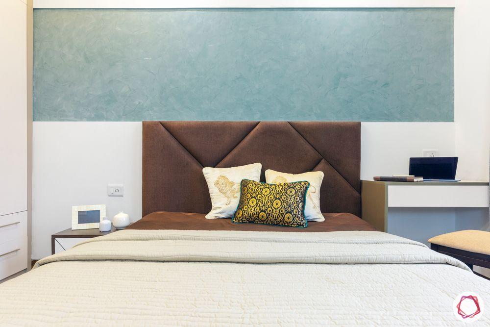 mahagun mywoods-livspace noida-master bedroom-bed-texture paint