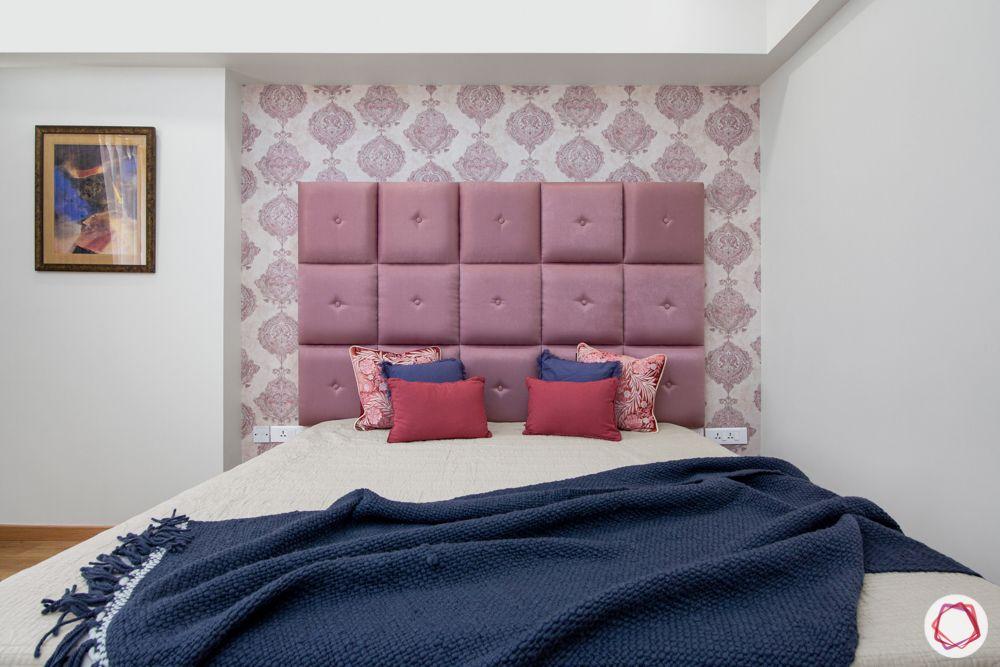 pioneer presidia-pink motif wallpaper-pink bed