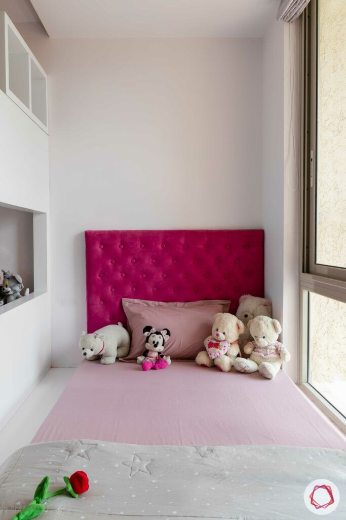 vertical-storage-ideas-for-small-spaces-bed