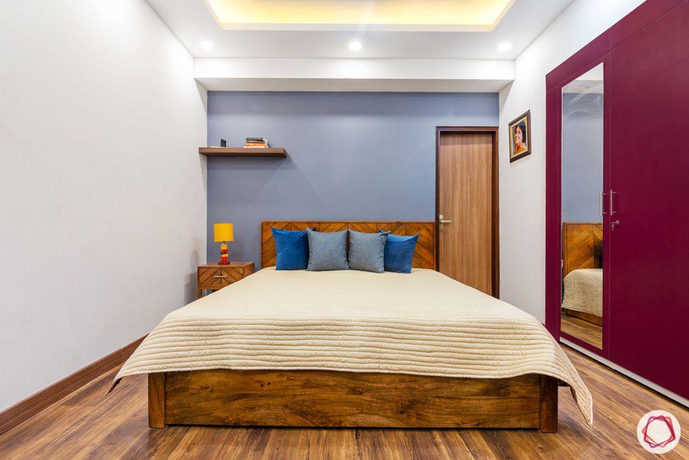 jal vayu vihar-oak wood-blue and grey cushions