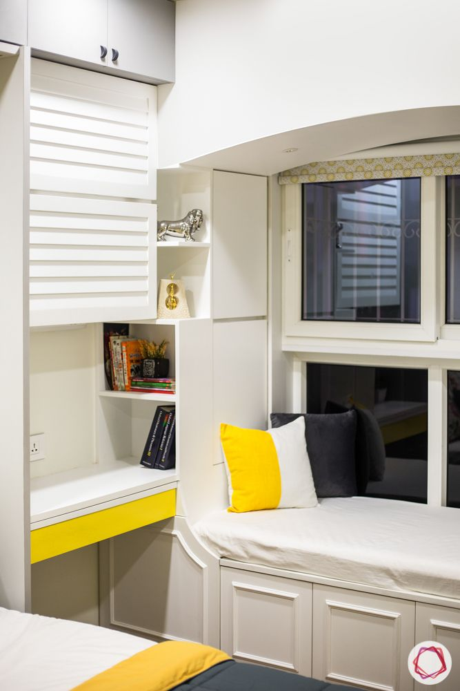 window-seat-bedroom