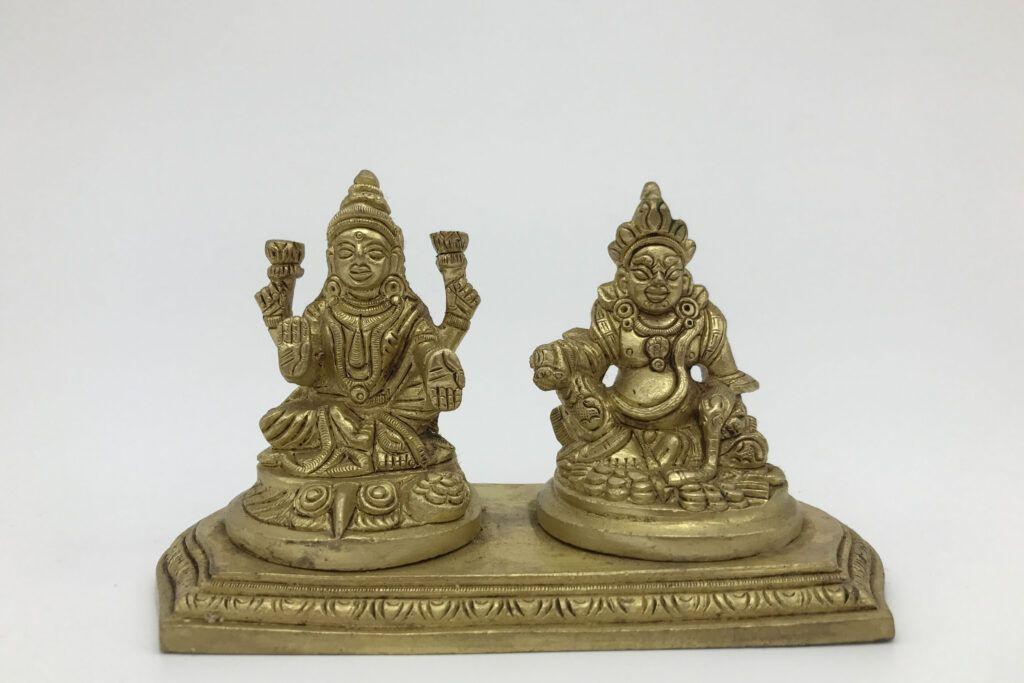 vastu for home-lakshmi idol-kubera idol