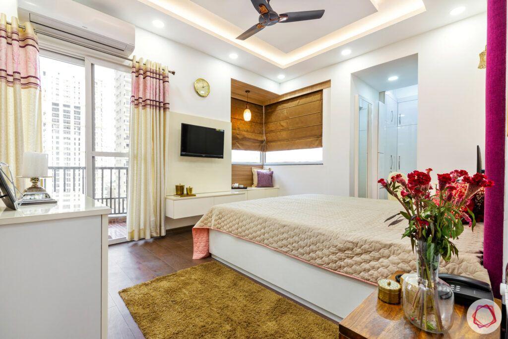 master-bedroom-tv unit-bay seating