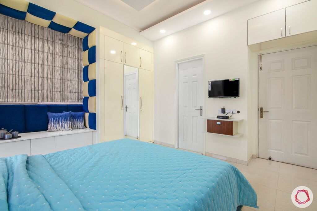 dasnac-blue bedroom-white wardrobes-bay seating