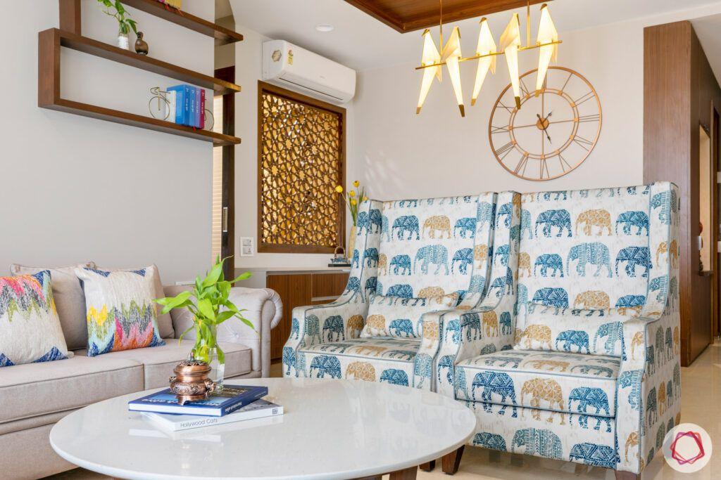 crescent-bay-parel-living-room-sofas-elephant-light