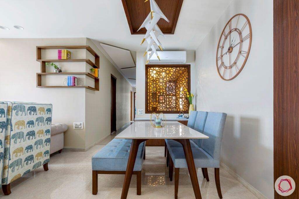 crescent-bay-parel-dining-room-shelves-table-clock