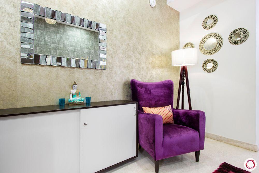 prestige-white-meadows-foyer-purple-armchair-lamp-mirror