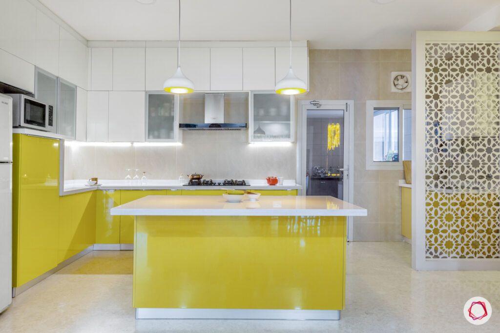 big house images-big kitchen-yellow kitchen-island kitchen