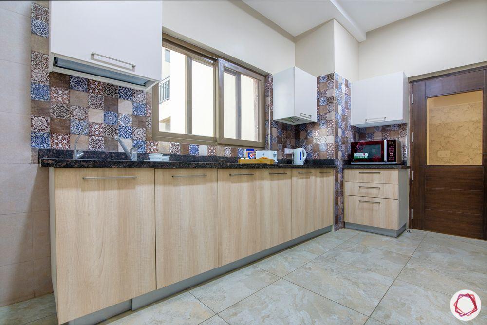 ardee city-white and brown kitchen-granite countertop-tile backsplash-laminate finish