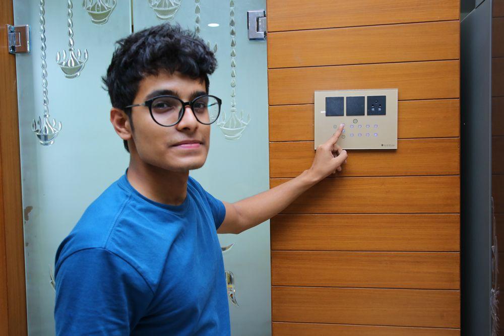 home-automation-companies-digital doorbell