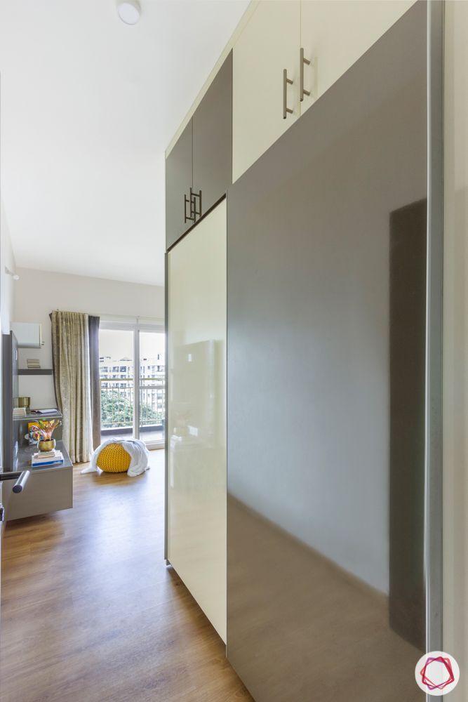 3-bhk-flat-interior-design-master bedroom-sliding wardrobes-lofts