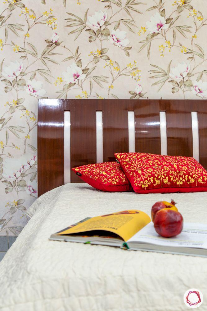 floral wallpaper design-wooden headboard designs