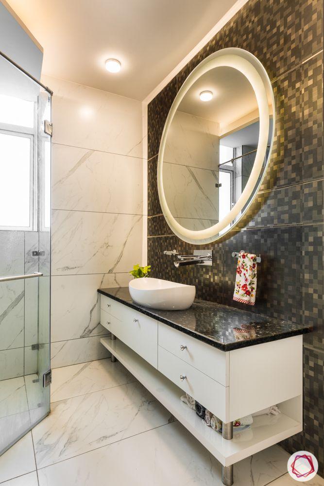 bathroom designs for small spaces-mirror-big tiles