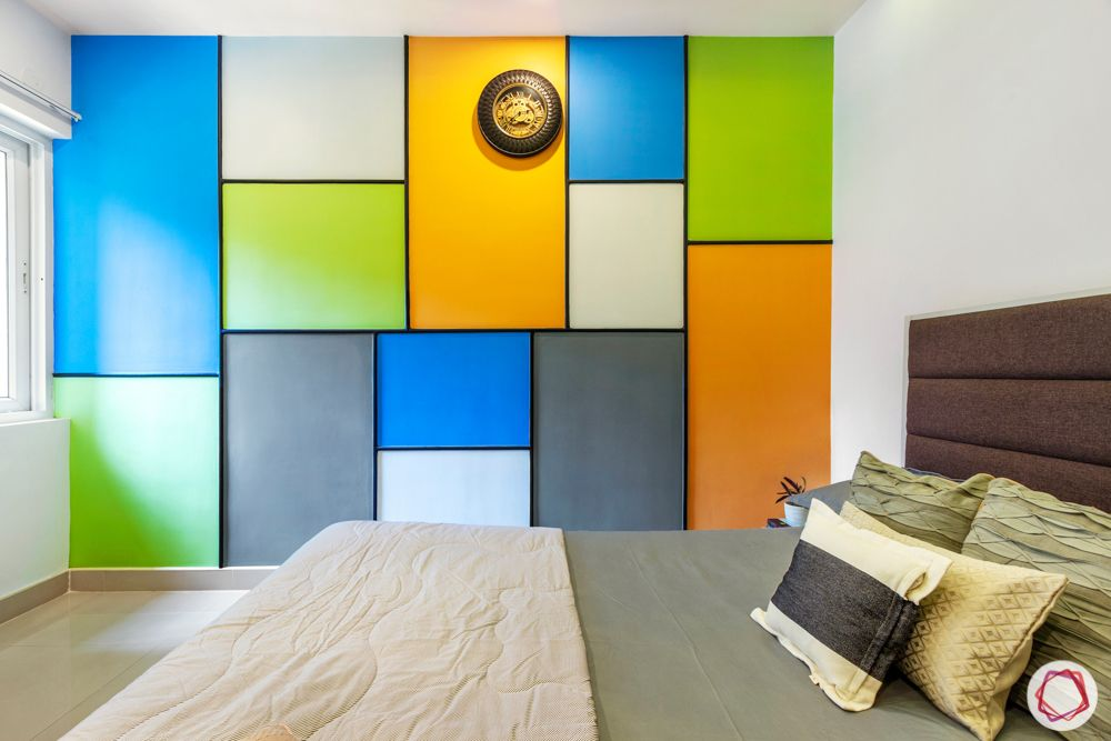 purva-highlands-guest-bedroom-colourful-wall