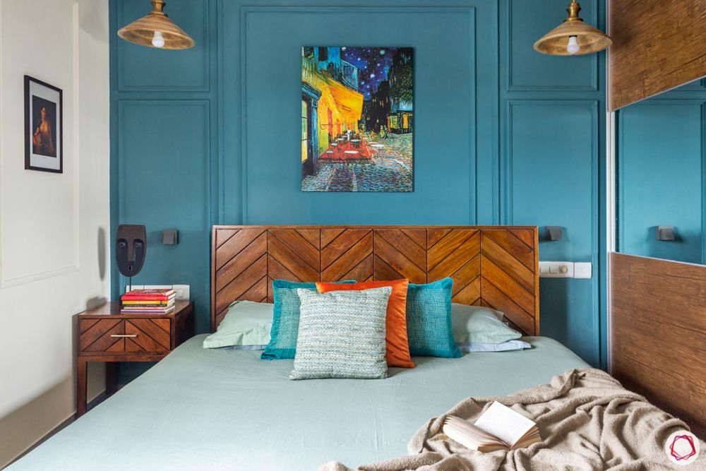 sobha-aspire-master-bedroom-wooden-bed-wall-art