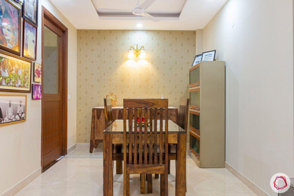 interior-in-gurgaon-dining-room-wallpaper-wooden-dining-table