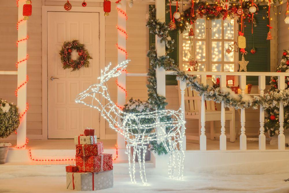 christmas-light-decorations-decorative-lights-reindeer-light