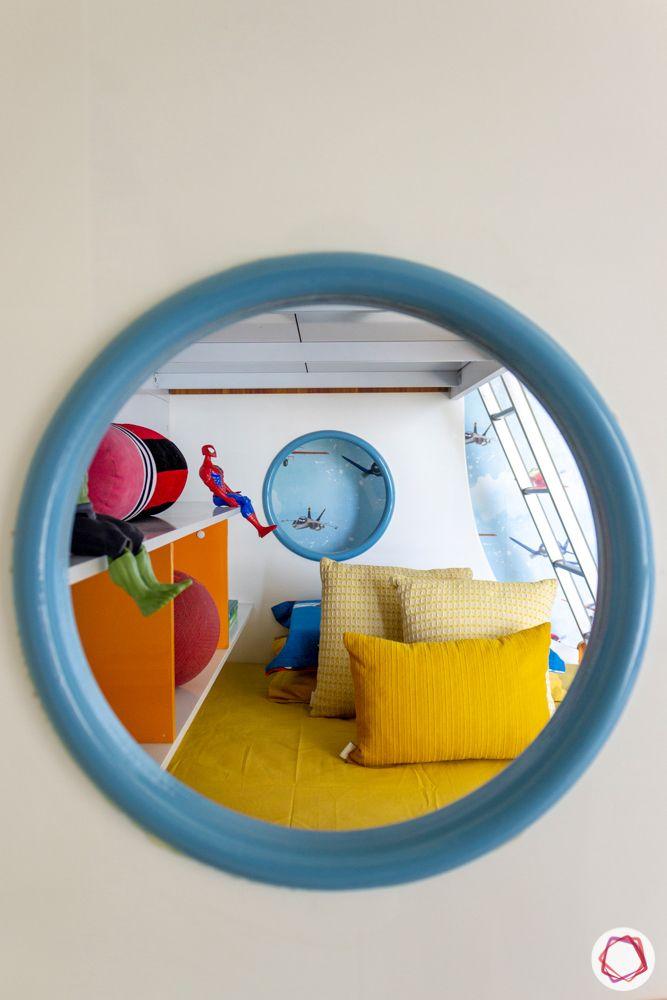 kids-bedroom-bed-window-toys
