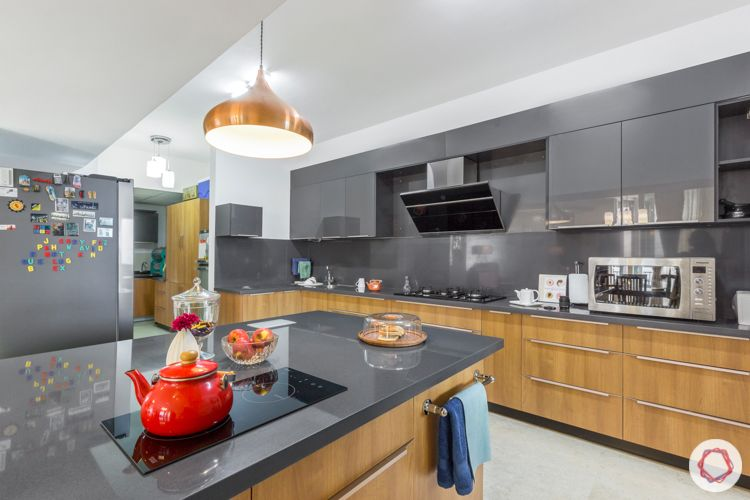 Livspace kitchen-island-induction cooktop