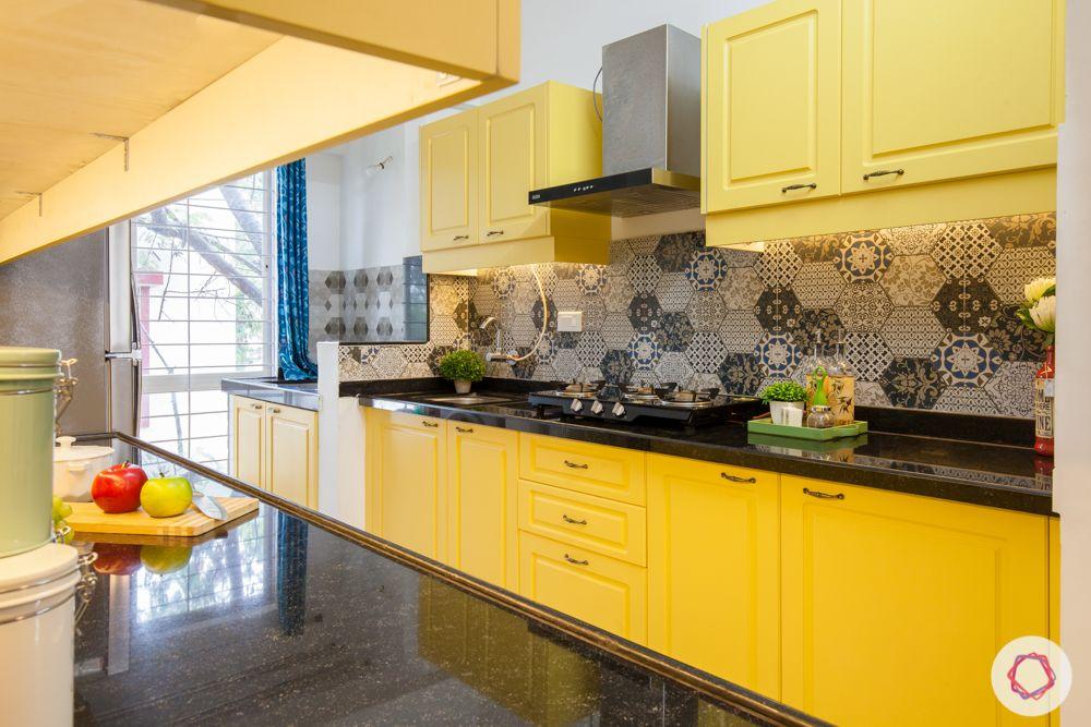 livspace-pune-hob-unit-yellow-kitchen