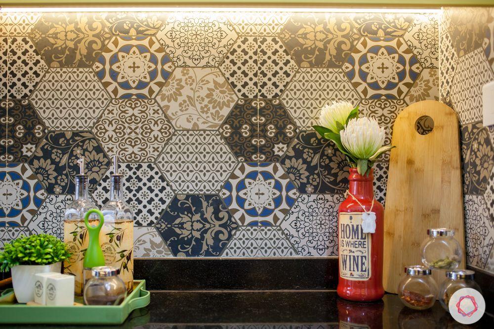 livspace-pune-kitchen-backsplash-tiles