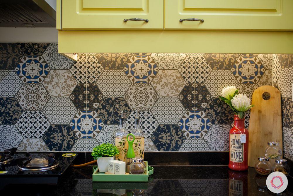 livspace-pune-persian-tiles-backsplash