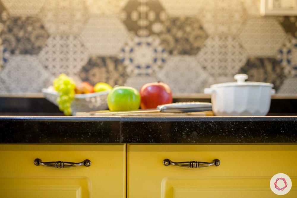 livspace-pune-metal-handles-kitchen-handles