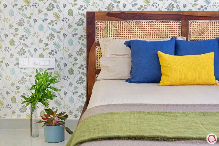 Shriram Chirping Woods-bedroom-wood-bed-wallpaper-floral