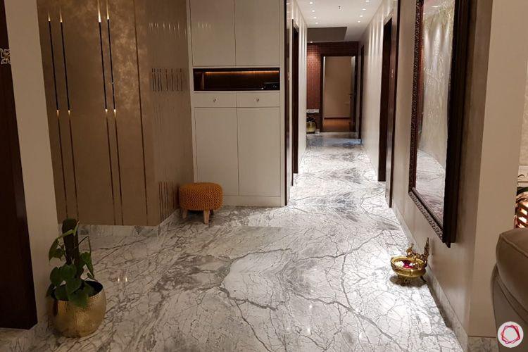 4 bhk flat-foyer-chrome strips